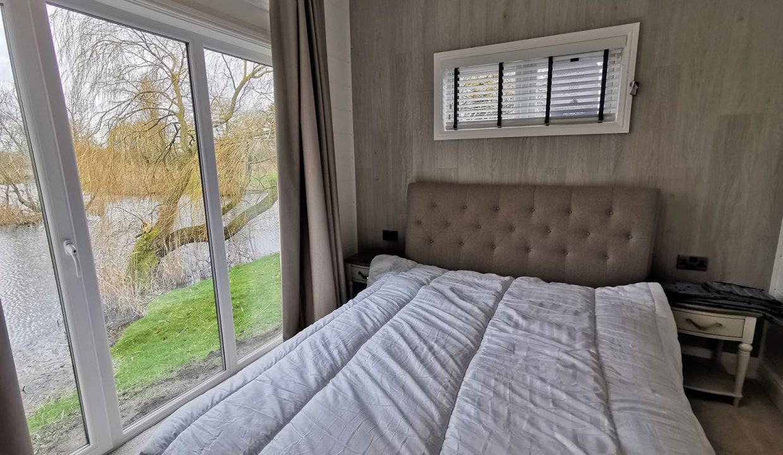 Prestige-Hampton-Lodge-50x22-16